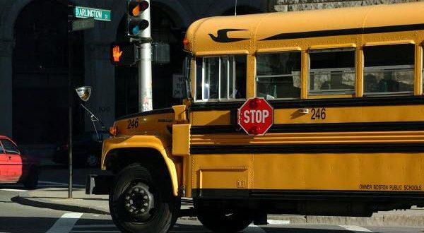 Квебекские предприниматели предлагают установить камеры на школьных автобусах