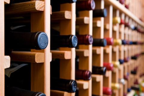Квебекцы смогут привозить больше алкоголя из других провинций