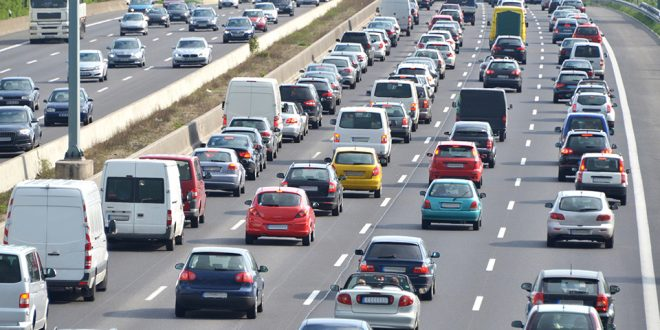 Монреаль наводняют автомобили