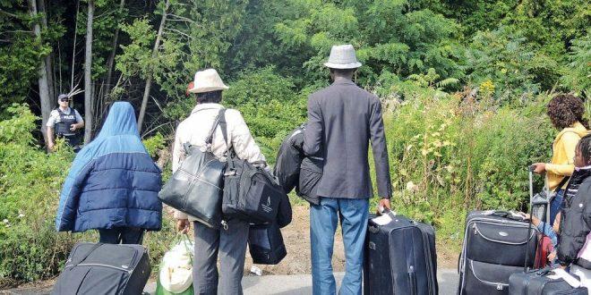 Каждый день по дороге Roxham из США в Канаду приходит около 50 человек