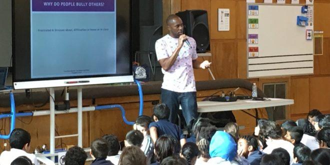 Акции по борьбе с буллингом начались в монреальских школах