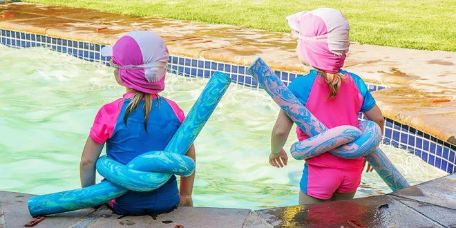 Более половины родителей недостаточно внимательно следят за детьми в бассейне