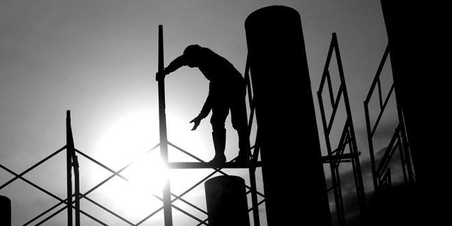 Высокое пособие и не всегда безопасные условия труда не стимулируют канадцев к выходу на работу