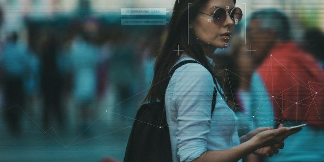 Компания Clearview AI уходит с рынка Канады из-за скандала