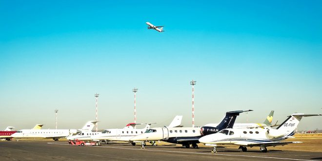 Все больше канадцев интересуются частными самолетами из-за пандемии