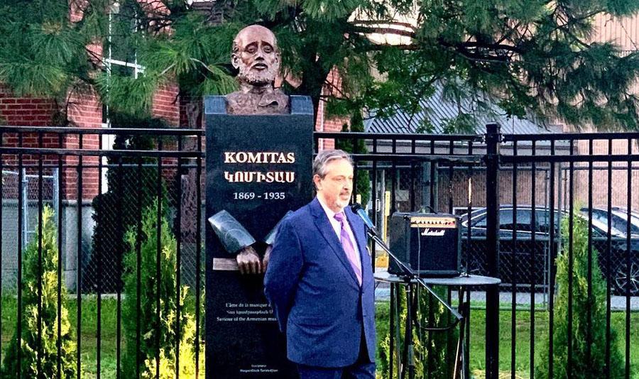 В Монреале открыта статуя Комитаса Вартабеда – отца армянской народной  музыки | Деловой Монреаль - Новости Канады и Монреаля на русском языке