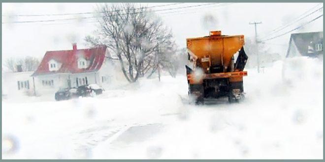 Женщина с коляской сбита снегоочистителем в Квебеке